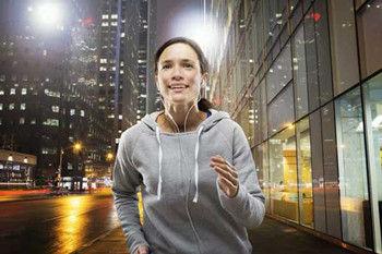 夜晚跑步减肥的正确方法
