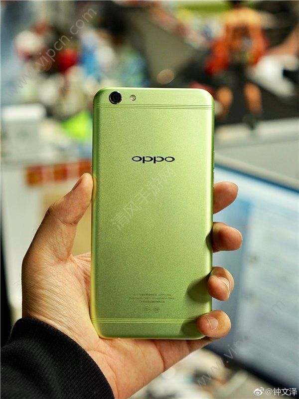 OPPO R9s手机清新绿真机怎么样?OPPO R9s手机清新绿配色好看吗