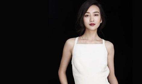 王鸥2003年,获得第四届cctv模特电视大赛全国总决赛最上镜奖,2005年