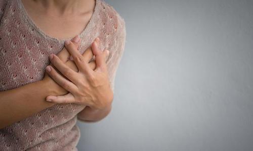 胸大的人得乳腺癌的概率会高一点吗?
