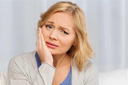 牙龈肿痛怎么办?女性注意这五点可以让症状有所缓解