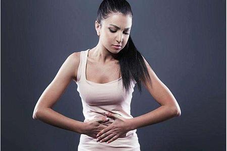 肚子胀气的快速解决方法,女性总是肚子胀小心这种妇科病