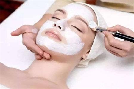 美白淡斑中药配方面膜,安全无副作用护肤推崇