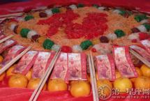 新加坡春节习俗 广东人初七捞鱼生