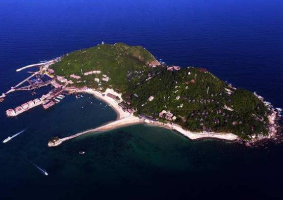 分界洲岛风光:洲岛所处位置是海南岛重要的分水岭.