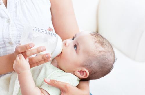 宝宝混合喂养是什么