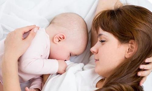 哺乳姿势不对易得乳腺炎!宝妈该如何应对?