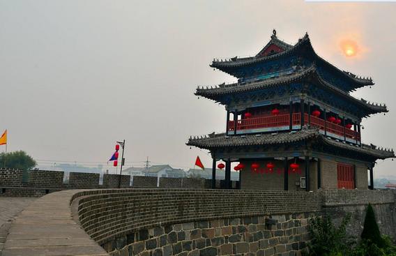 2017暑假山东旅游必去景点:中国四大名楼之一   蓬莱阁同武汉